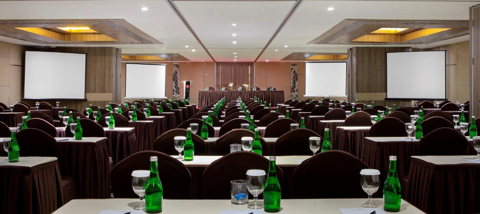 Banquet Grandhika Hotel